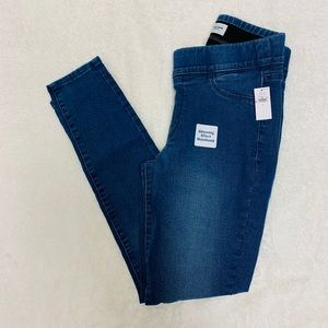 Old Navy Mid Rise Super Skinny Jeggings
